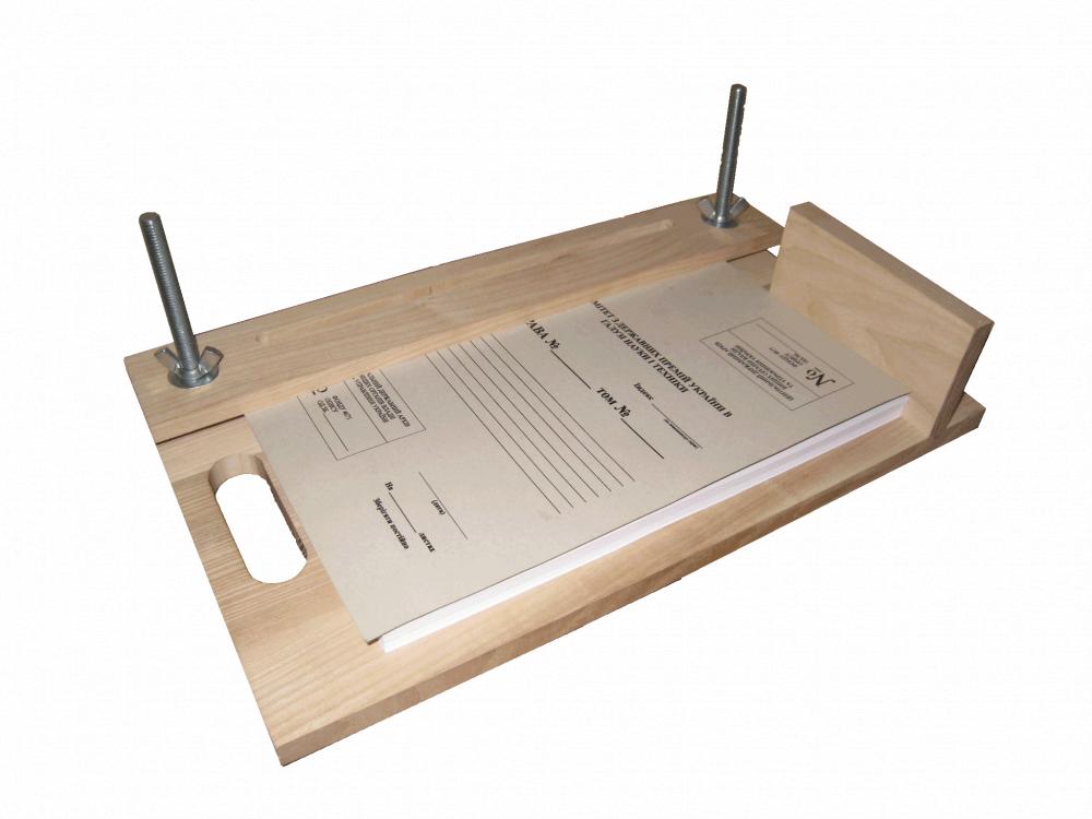 Приспособление для сшивания документов своими руками